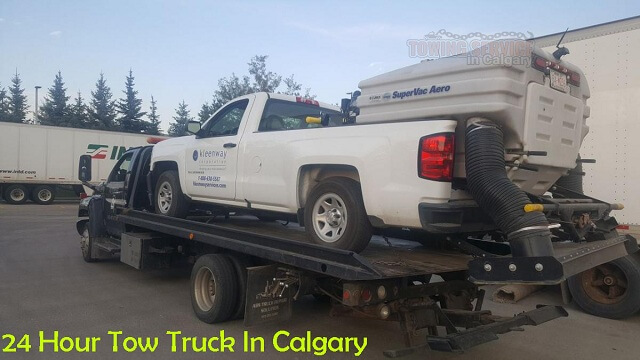 24-Hour Tow Truck Service